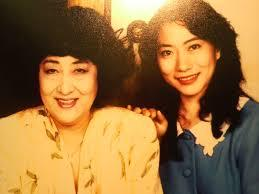 【壮絶】山村紅葉と母親の関係が異様!偏った愛情だらけのエピソードをまとめてみた