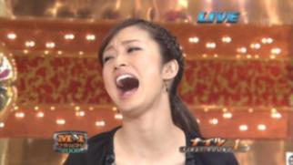 【2019M-1】上戸彩の笑い方が気になる!いつからこんな笑い方なのか動画でチェック!